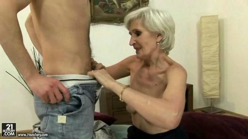 Younger dude does older woman - 1 part 7