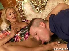 Hot grannny enjoying nasty sex