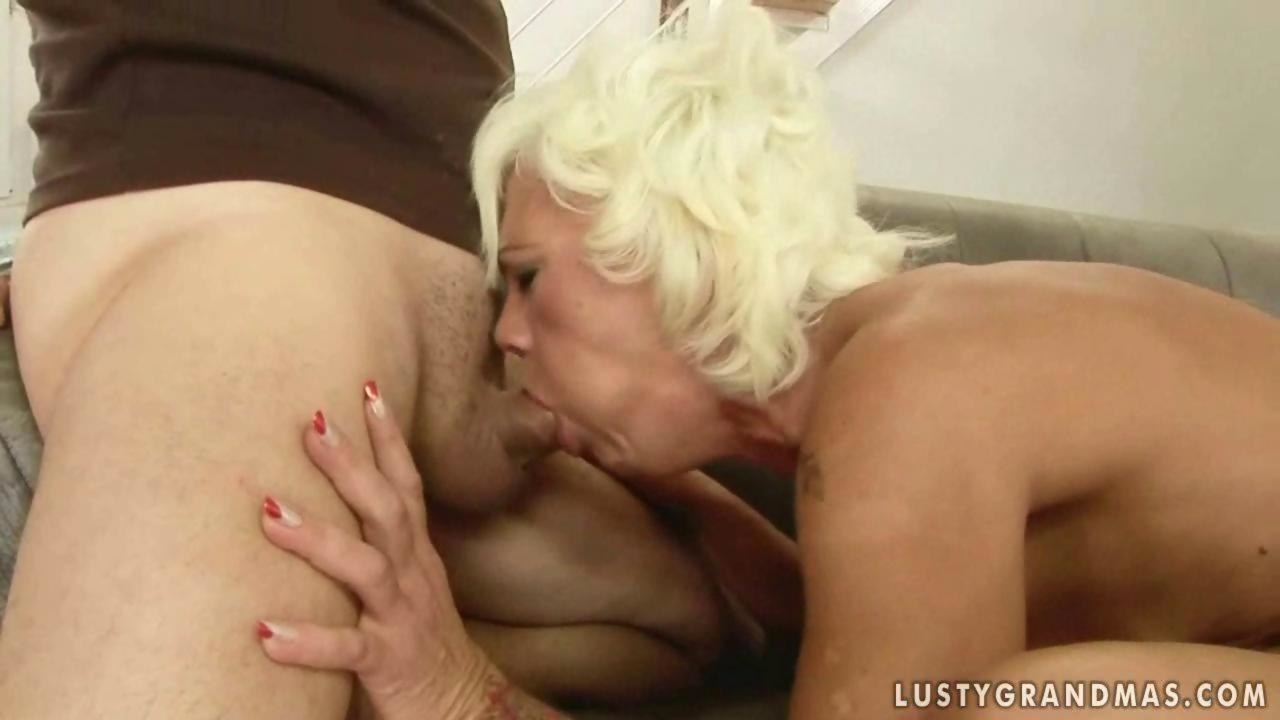 Cochone mature woman deep throat another celeb