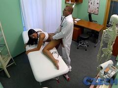Czech Patients bad back doesnt stop doctor bending her over