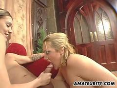Amateur homemade threesome with cum on ear
