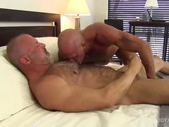 Muscular Jake Bareback Fucks and Breeds Coach