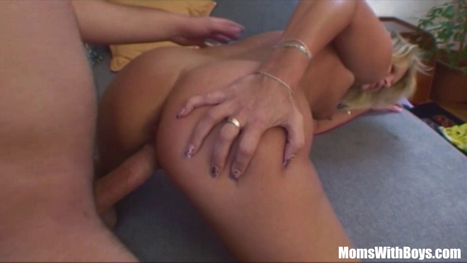 Mature student councilor is horny as hell - 1 part 8