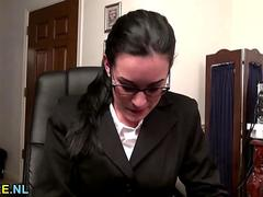 American MILF in glasses masturbating