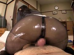 Asian pornstar in pantyhose gives a super hot massage to her boss