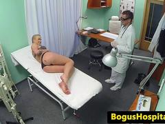 Amateur euro dickriding doctor in office