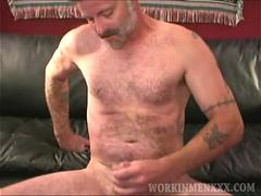 Mature Amateur Mike Jacks Off