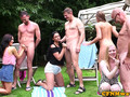 CFNM babes tugging and sucking outdoors