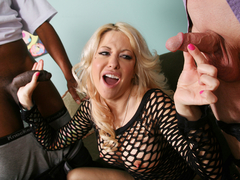 Helly Mae Hellfire tries Big Black Cock - Cuckold Sessions